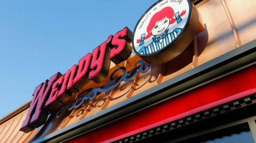 Wendy's manager pours hot oil on customer who complained about cold food, TN cops say