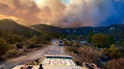Windy Fire, another wildfire in the South Valley, threatens sequoia trees, prompts evacuations