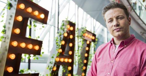 Einfach köstlich: Das ist Jamie Olivers Lieblingsdessert für den Sommer   freundin.de