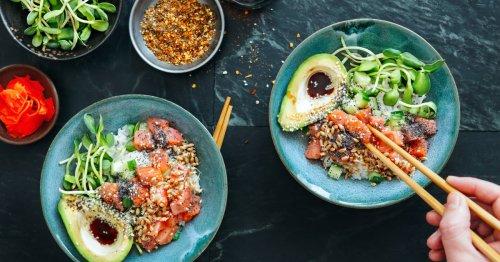 Trend-Rezept: Alle lieben diese einfache Lachs-Reis-Bowl   freundin.de
