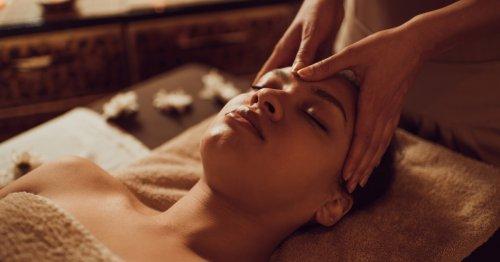 Hautpflege: Diese 3 Beauty-Treatments sollten Sie während der Periode vermeiden | freundin.de