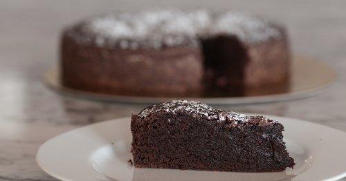 Einfaches Rezept ohne Backen: Schoko-Haferkuchen aus nur 3 Zutaten | freundin.de