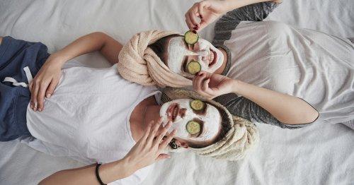 Tonerde Maske: Diese Pflege macht Schluss mit Pickeln