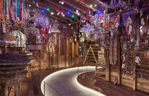 Enter Dozens of Wild, Immersive Artworks at a New Museum North of Milwaukee   Frommer's