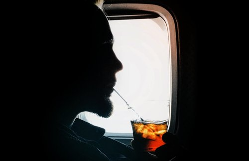 Are You Allowed to Drink Your Own Alcohol on a Plane? | Frommer's