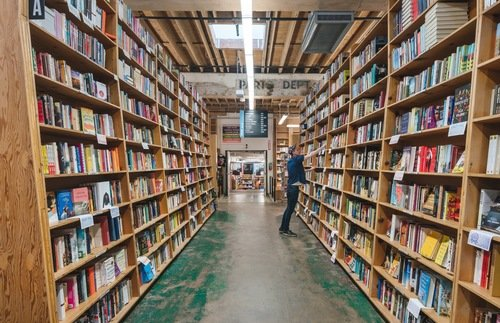 25 Independent Bookstores We Love—and How to Support Them Now | Frommer's