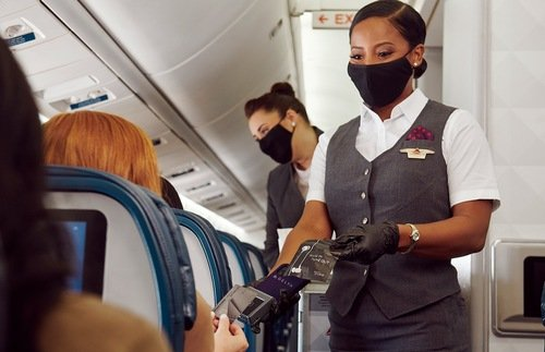 Airlines Still Cashless Even Though Many Passengers Don't Own Credit Cards | Frommer's
