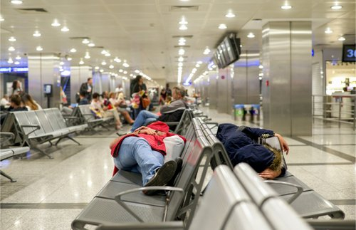 What to Do About Cancelled Flights in This Summer of Airline Meltdowns   Frommer's