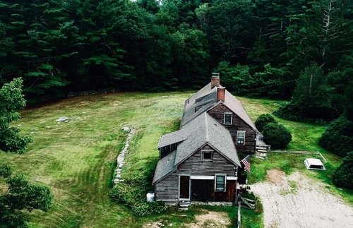 """3 Bed, 2 Bath, 1 Poltergeist: """"The Conjuring"""" House Is for Sale 