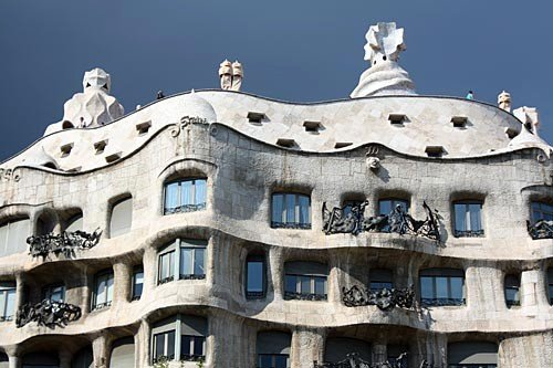 Experience Barcelona | Frommer's