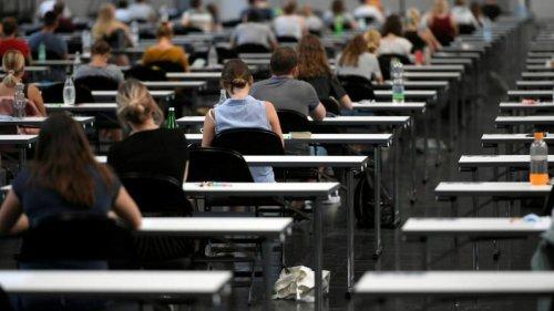 Educators around world seek to take axe to exam-based learning