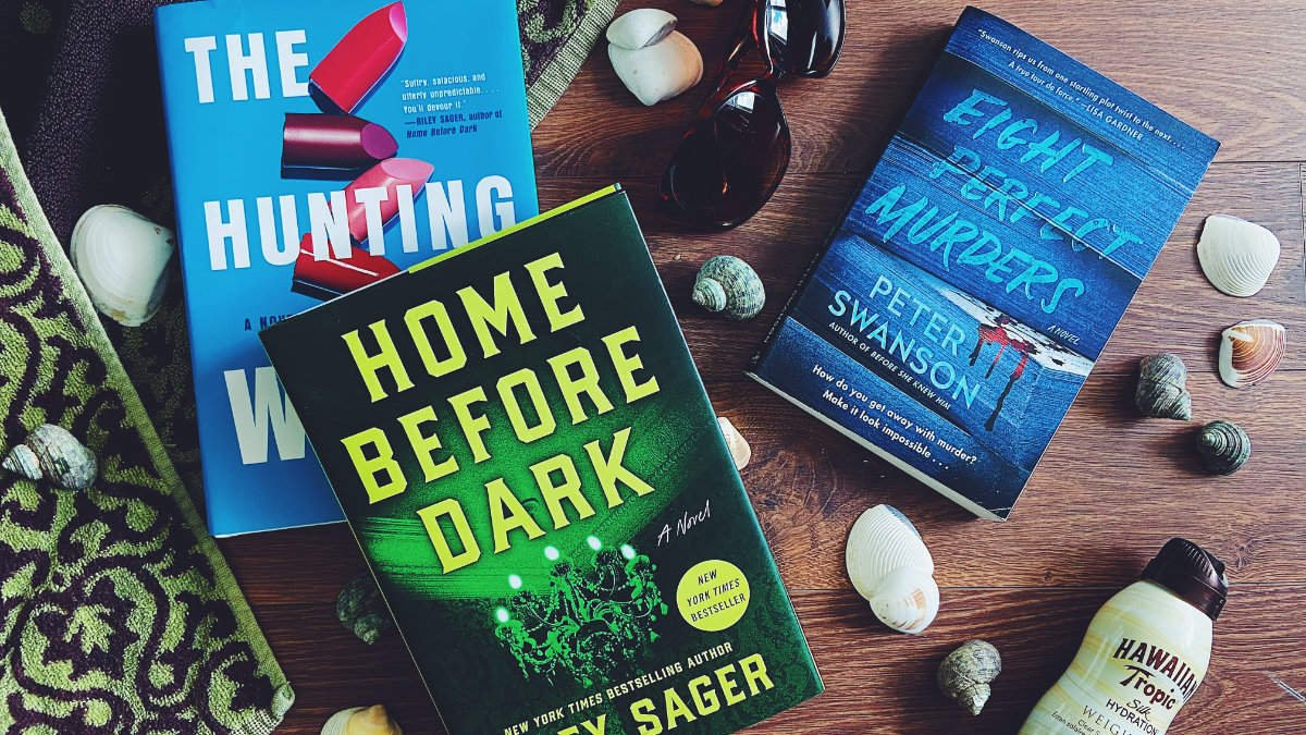A Summer Thriller For Everyone: 10 Books to Keep you Company at the Beach