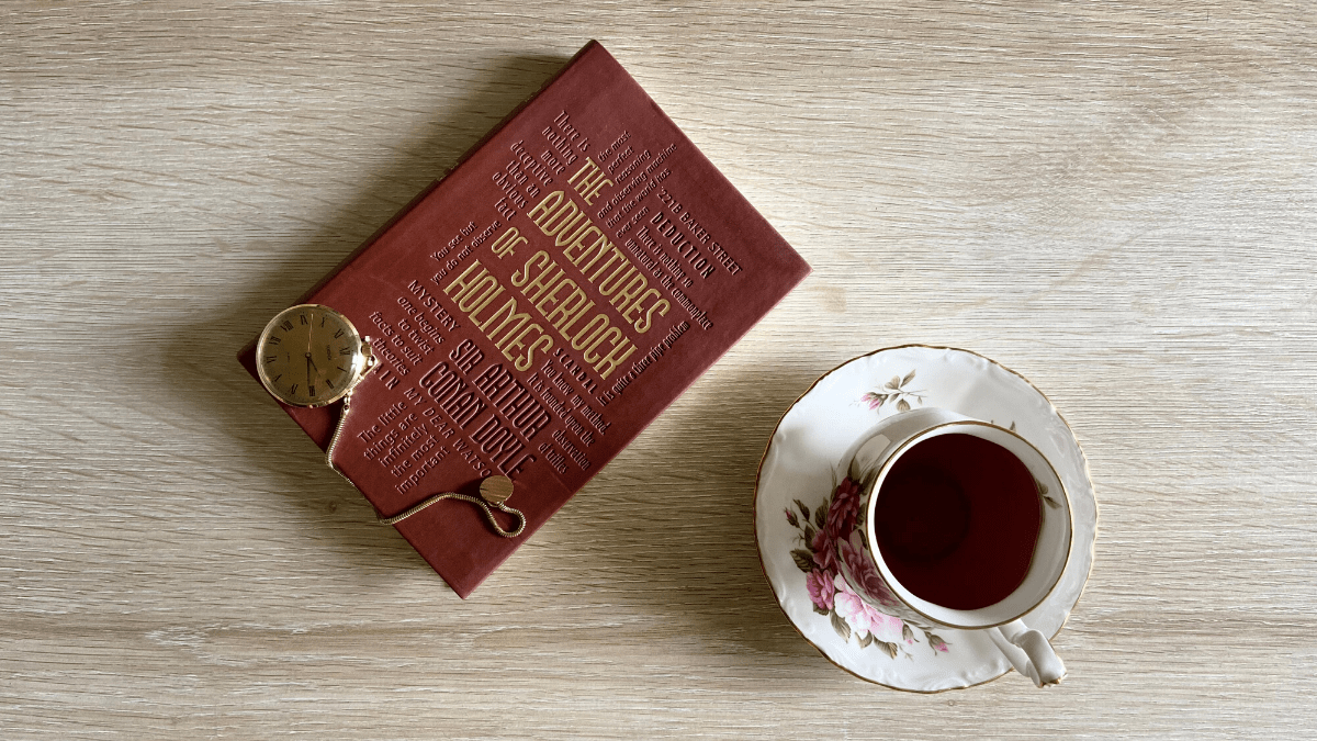 A Brief History of Mystery Books and the Whodunit