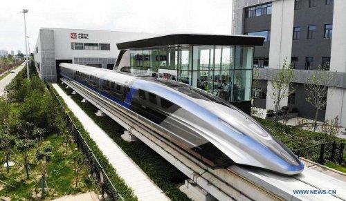 Maglev : la Chine dévoile son train à sustentation magnétique qui file à 600 km/h