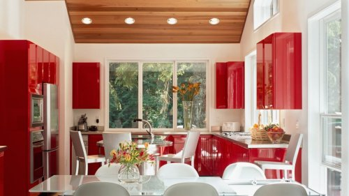 Avoid these 3 kitchen colors if you want to sell your home