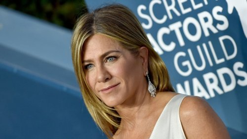 The facial tool Jennifer Aniston uses to get lifted, glowing skin