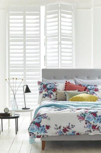 18 classic white bedroom ideas