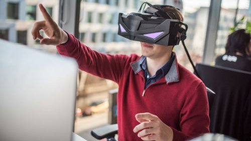 We saw virtual reality's bright future at CES 2019