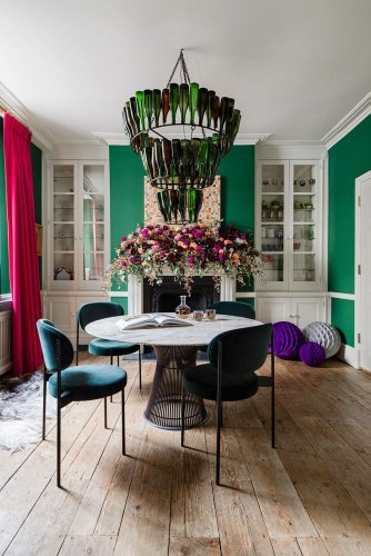 A Georgian townhouse in southwest London comes to life with bold splashes of colour