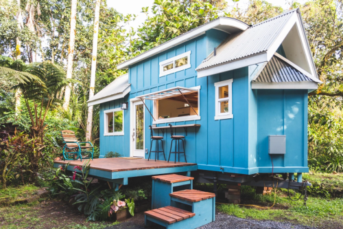 7 lessons in space-saving design from a tiny house on wheels in Hawaii