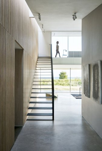 Take a look at this modern beach villa just outside Copenhagen