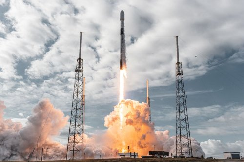 SpaceX, Planet ink deal to launch Earth-imaging satellites through 2025