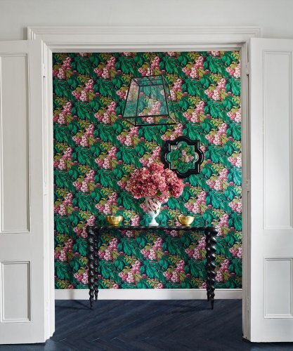 Smart statement wallpapers for your hallway