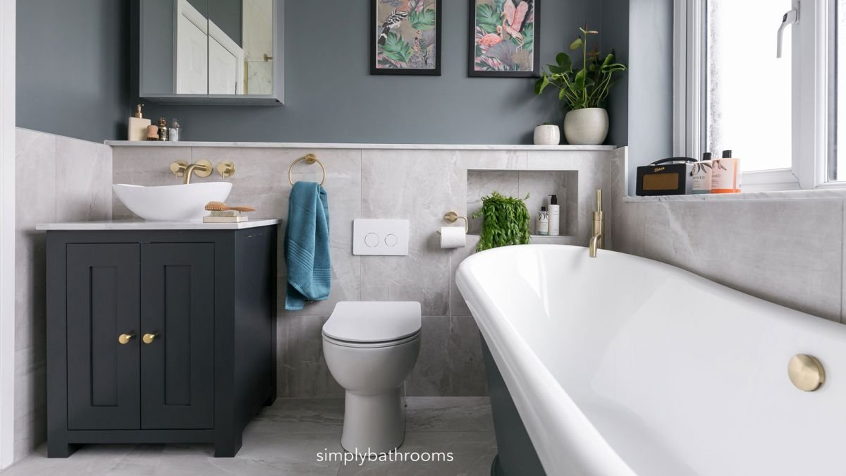 Designer reveals clever small bathroom design hack to maximize the space