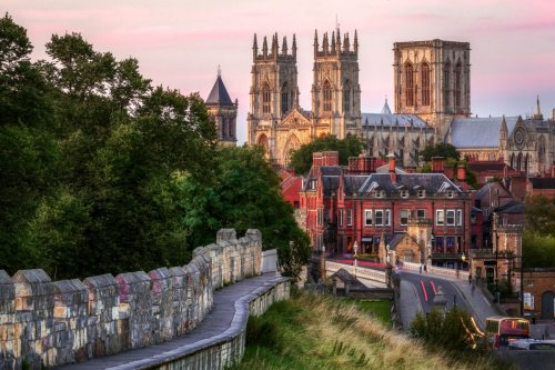 The best cities to visit in the UK for fans of history and beautiful architecture