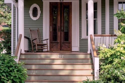 6 front porch cleaning tips that will boost your home's curb appeal