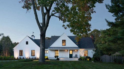 See this jaw-dropping farmhouse transformation