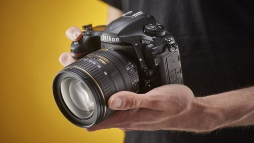 The best Nikon D500 deals in September 2021