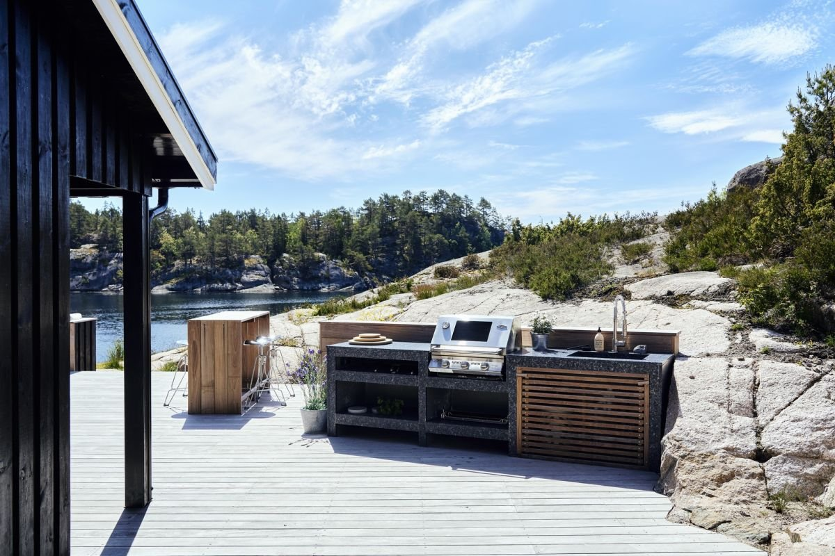 7 mistakes to avoid when designing an outdoor kitchen – according to experts