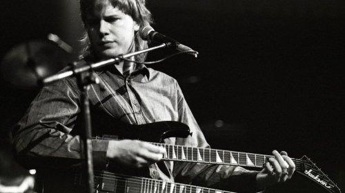 Five Reasons Jeff Healey Is a Guitar Legend