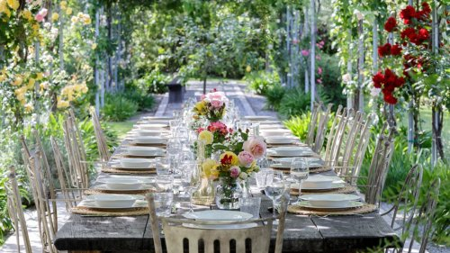13 ways to decorate the garden for your special day