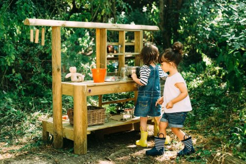 Mud kitchen ideas: 20 fun and creative ways to keep little ones busy outside