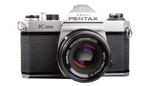 Pentax K1000 review: classic film cameras revisited