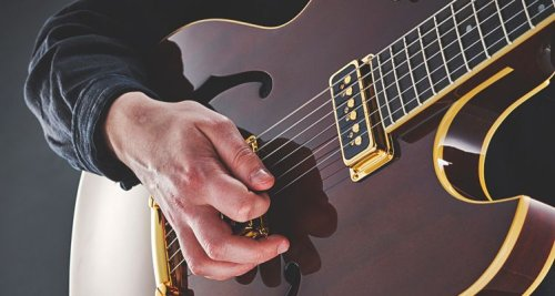 Pick Hand Exercises: How to Build Dexterity, Speed, and Accuracy