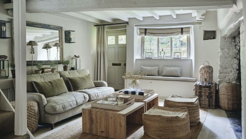 These country, rustic living rooms are cosy and chic
