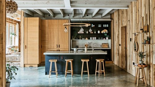 See lighting designer Tom Raffield's home - it's a masterclass in timber construction