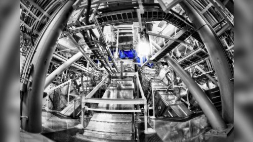 Fusion experiment breaks record, blasts out 10 quadrillion watts of power