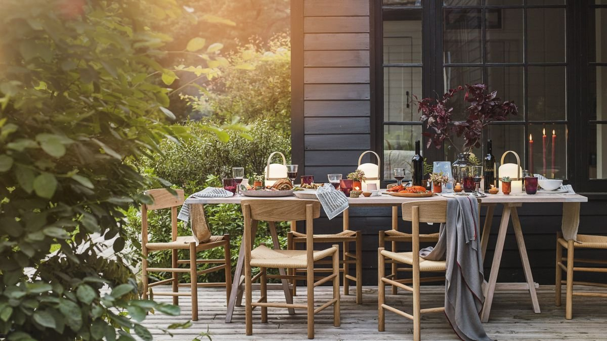 Small garden ideas: 50 ways to maximize the potential of your compact space