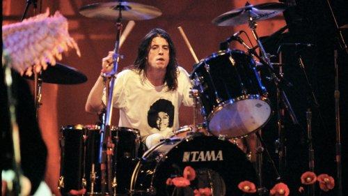 "Dave Grohl: ""Listening to Nirvana's In Utero kinda makes my skin crawl"""