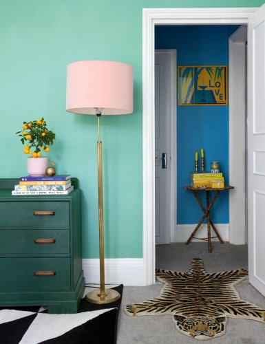 How to paint a room in the correct order to get a professional finish