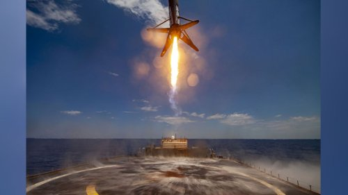 Watch a SpaceX rocket ace landing on a drone ship in stunning new video
