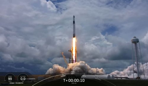 SpaceX launches new solar arrays to space station, nails rocket landing at sea