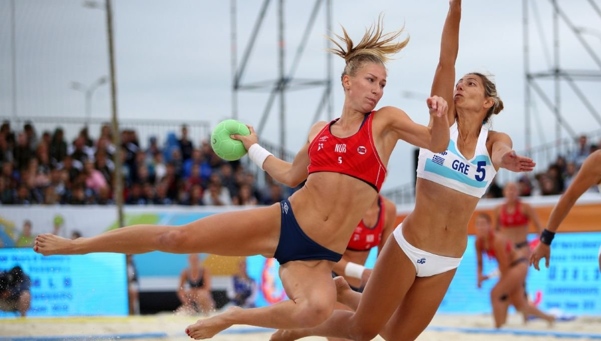 Norwegian women's handball team lands €1,500 fine for not wearing bikini bottoms