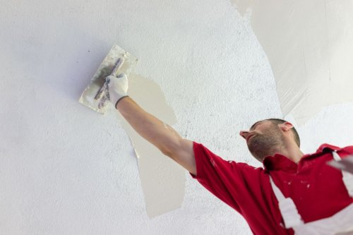 A guide on how to plaster walls