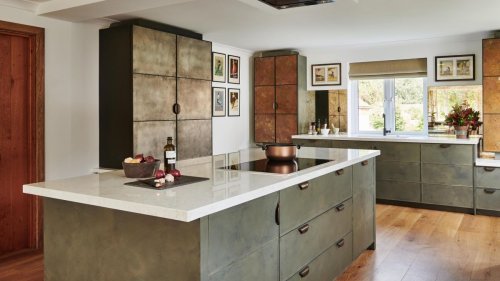 5 metallic kitchen design tricks we've learnt from this family space