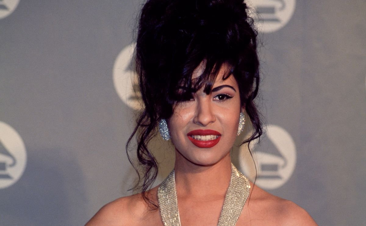 Everything You Need To Know About Selena Quintanilla Perez